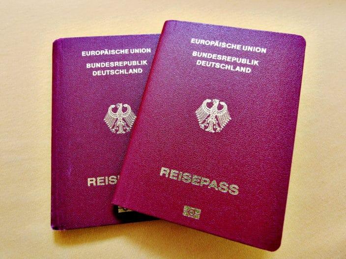 Zweiter Reisepass, Reisepass, Beantragung, Begründung