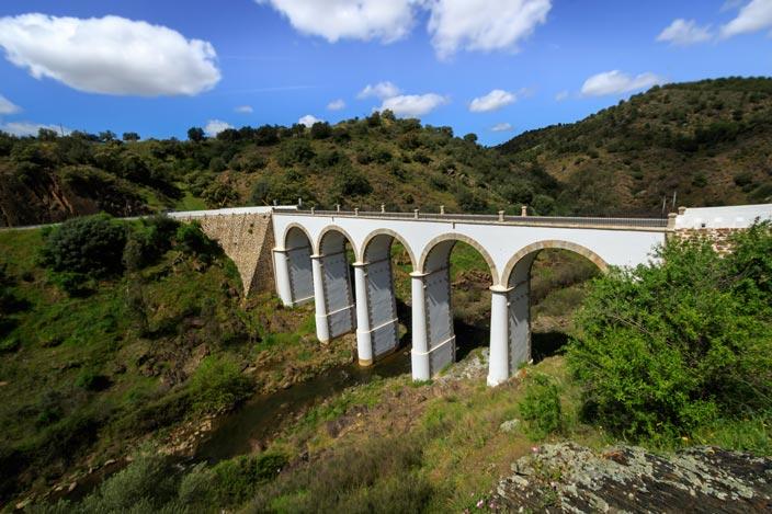 mertoal Bogenbrücke