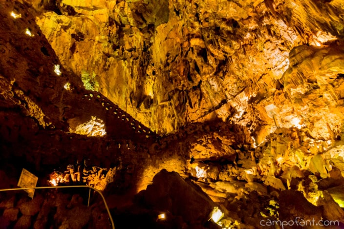 Höhle Mira