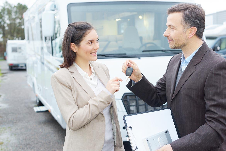 gebrauchtes Wohnmobil kaufen, Händler, Privat