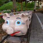 Bayern-Park, Attraktionen, Fahrgeschäfte, Schweinchenbahn