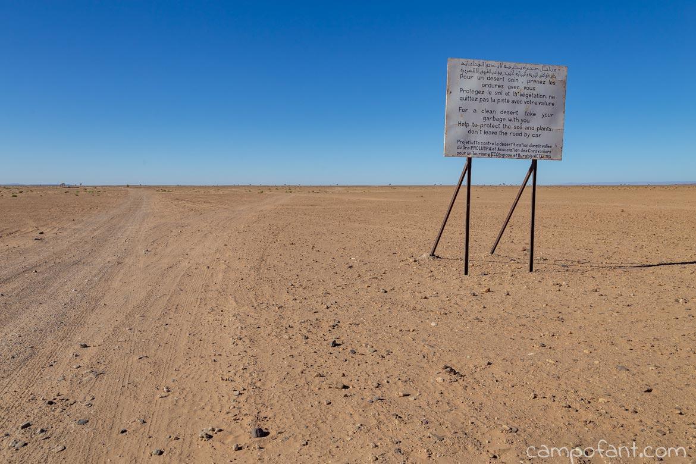 Schild Wüste