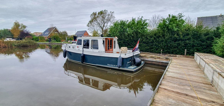 Boot Aaltje Yachtcharter Leeuwarden