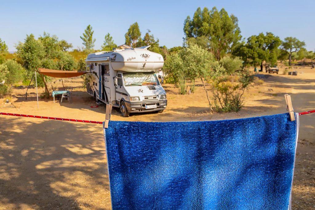 Unterwegs Wäsche waschen im Wohnmobil