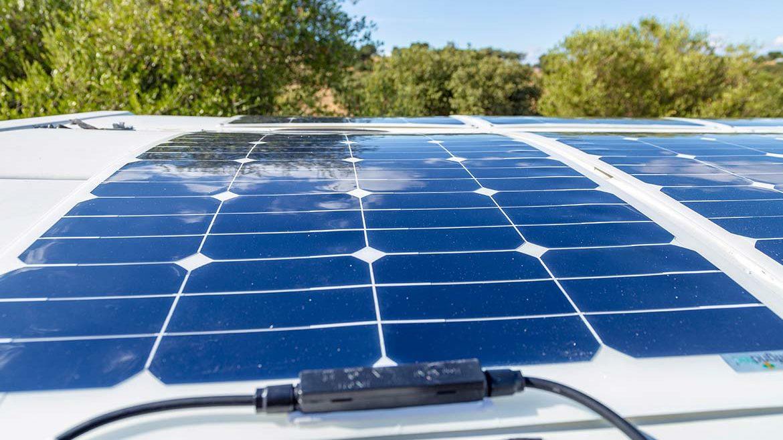 Wohnmobil Solaranlage flexible Module